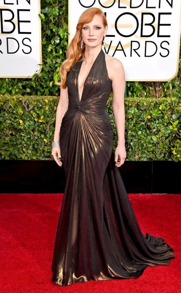 shoe-miracle-jessica-chastain-golden-globe-jimmy-choo