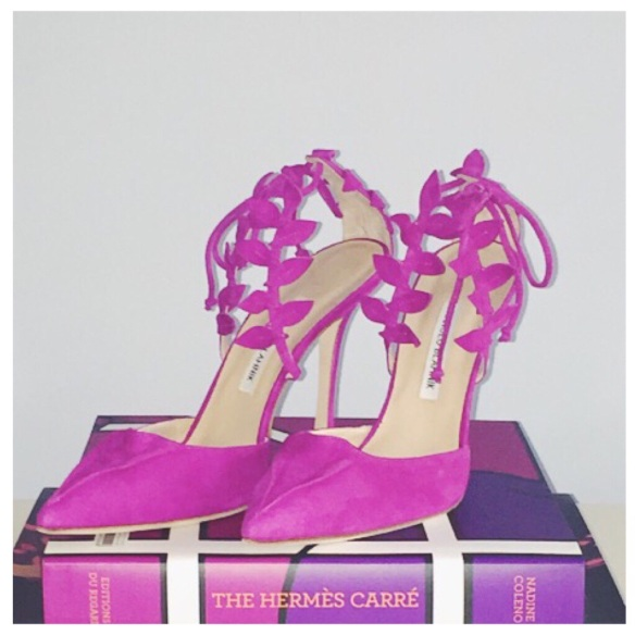 shoe-miracle-manolo-blahnik